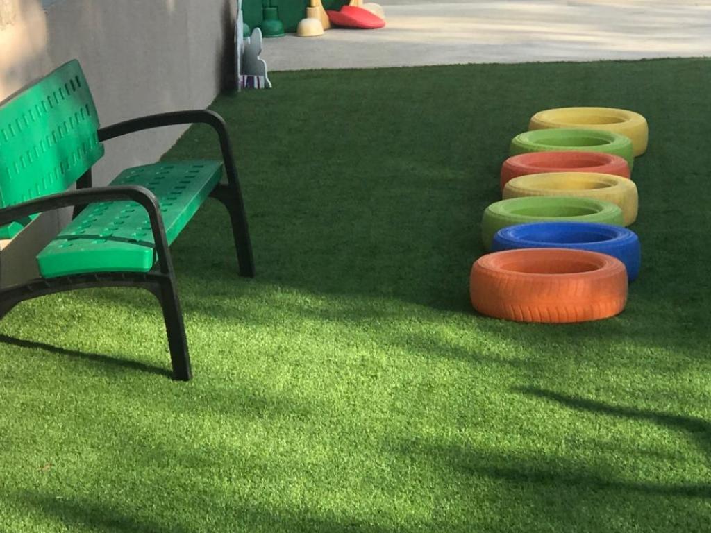 Veure Col·laboració de l'AMPA en l'adquisició de mobiliari per a l'escola